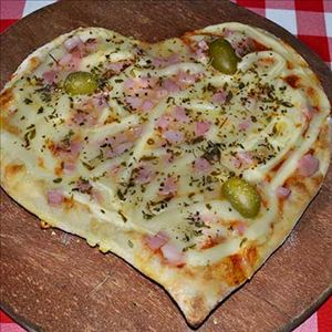 PIZZA KIDS PRESUNTO COM CATUPIRY