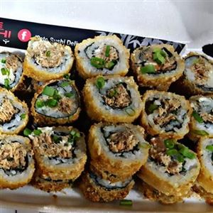 URAMAKI HOT DO SETE / 12 UND