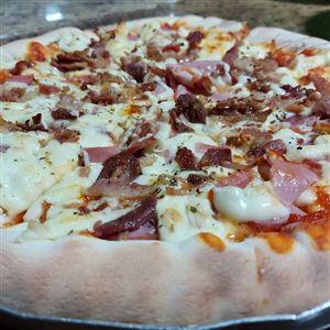 PIZZA DA SEMANA LOMBINHO COM CATUPIRY E BACON